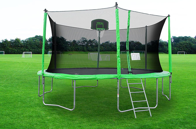 Merax Trampoline with Basketball Hoop – Review